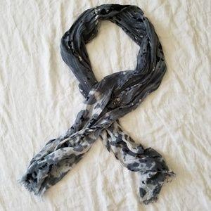 Tie Dye Pattern Scarf w/Frayed Edges